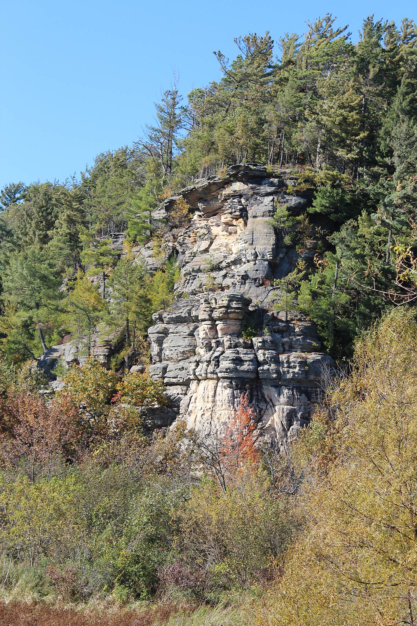 400 State Trail 400 State Trail - Rock Wall A pretty autumn picture of a rock wall formation located directly next to Hemlock Slough.  Which is situated between Wonewoc, WI and La Valle, WI on the '400' State Trail.