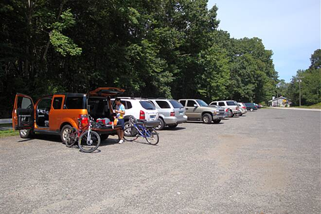 Air Line State Park Trail Parking in Amston There is ample parking in Amston, the midpoint of this popular trail.