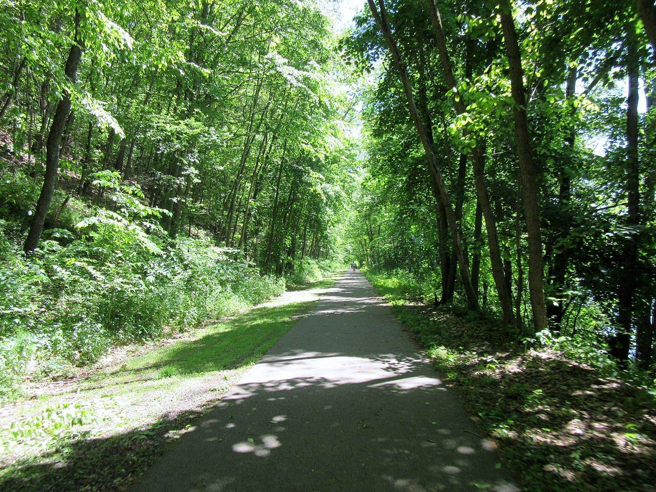 Allegheny River Trail The trail The trail between Foxburg and Parker, PA