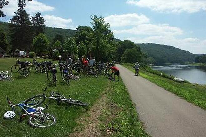 Allegheny River Trail Pit Stop Open area to stop for a picnic lunch