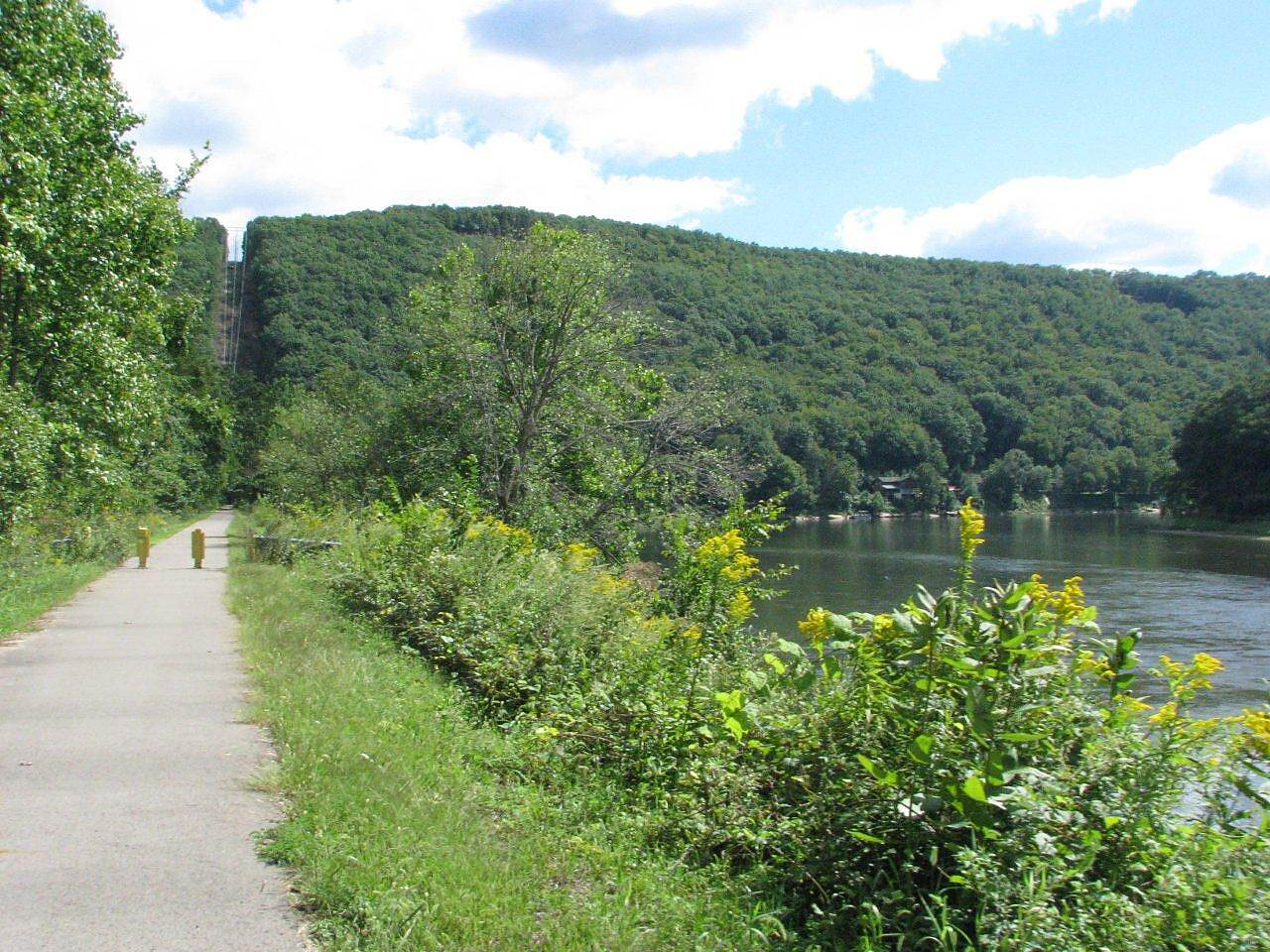 Allegheny River Trail Kennerdell