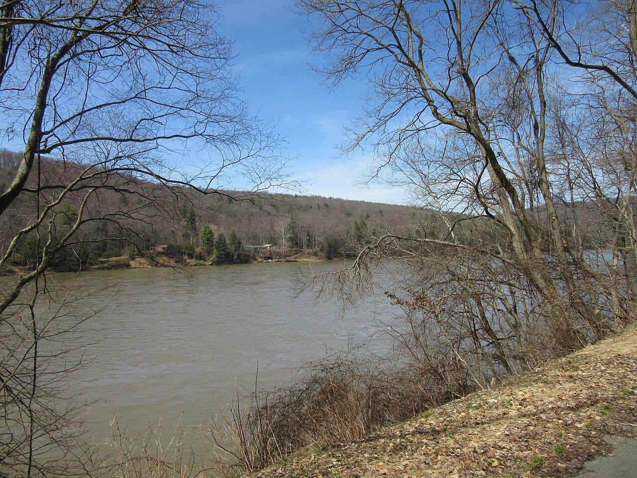 Allegheny River Trail Allegheny River Allegheny River - April 2015