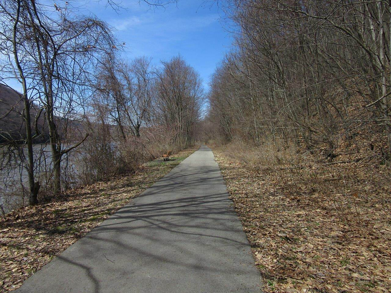Allegheny River Trail Trail Trail - April 2015