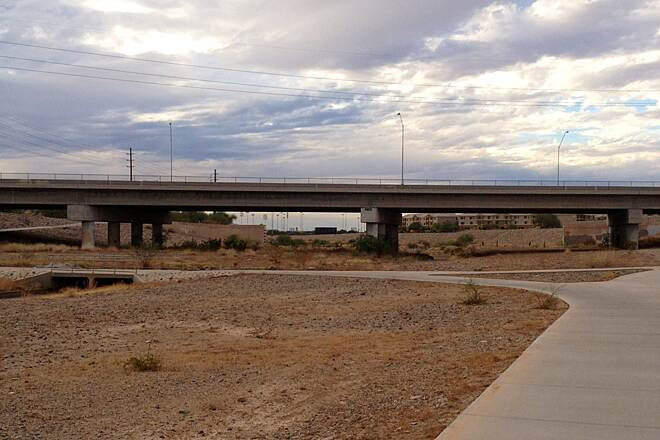 Arizona Canal Path 75th street bridge