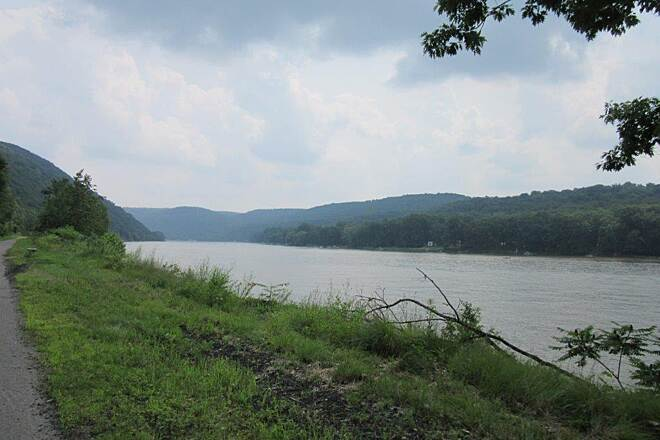 Armstrong Trail Allegheny RIver July 2015, the Allegheny River
