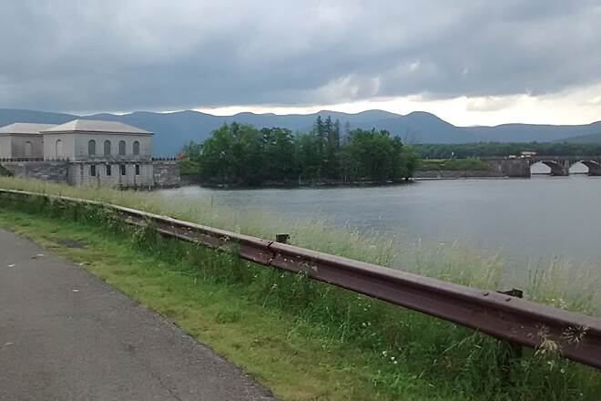 Ashokan Reservoir Promenade Vistas Watch for weather changes before they get to you.