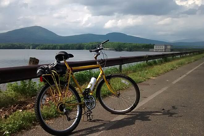 Ashokan Reservoir Promenade My old friend That bike and I have had many adventures.  Too bad we lose height as we age, so I had to get another bike.