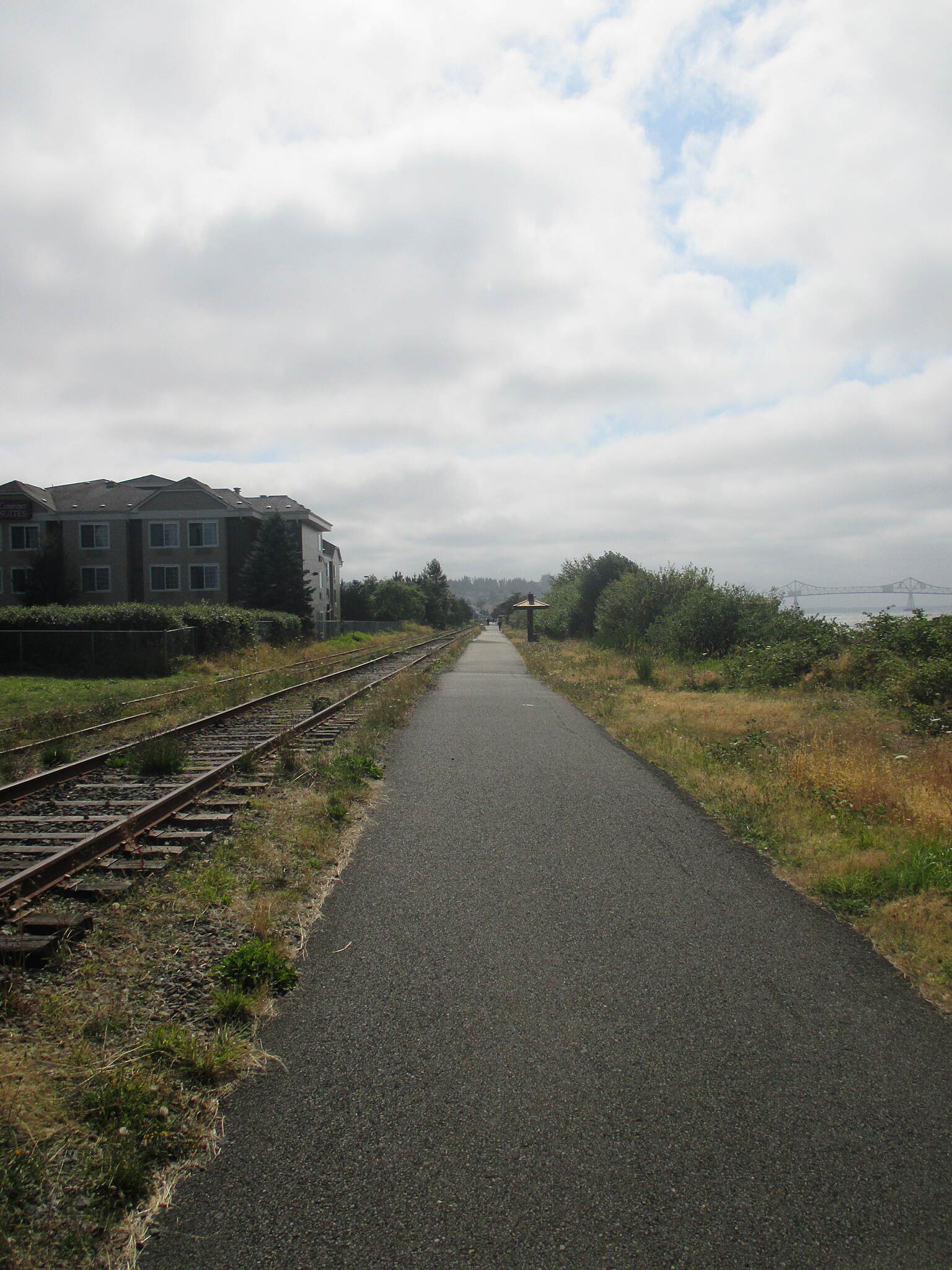 Astoria Riverwalk August 2014