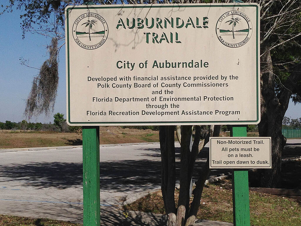Auburndale TECO Trail Denton Ave Trail head Southern end of the trail.parking, Rest rooms and picnic tables.