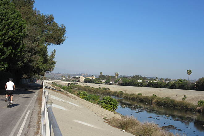 Ballona Creek Bike Path Midway through trail typical trail view in middle