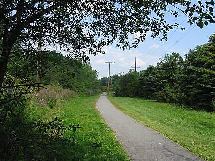 Ballston Veterans Bike Path Ballston Bicyle Path Trail surface and right-of-way approaching Route 146A