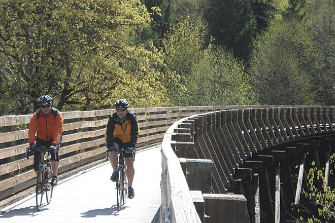 Banks-Vernonia State Trail Riding the trestle Cruising along the trestle just before the angle starts tilting up.