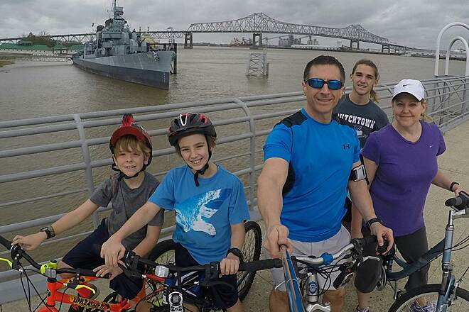 Baton Rouge Levee Bike Path Sunday Family Bike Ride... Had a great bike ride with the family from LSU to Downtown Baton Rouge. We then enjoyed lunch at the Capital City Grill. We'll be looking for more great places in Louisiana to go ride.