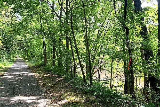 Battle Creek Linear Park Battle Creek Linear Park Along the western part of the trail