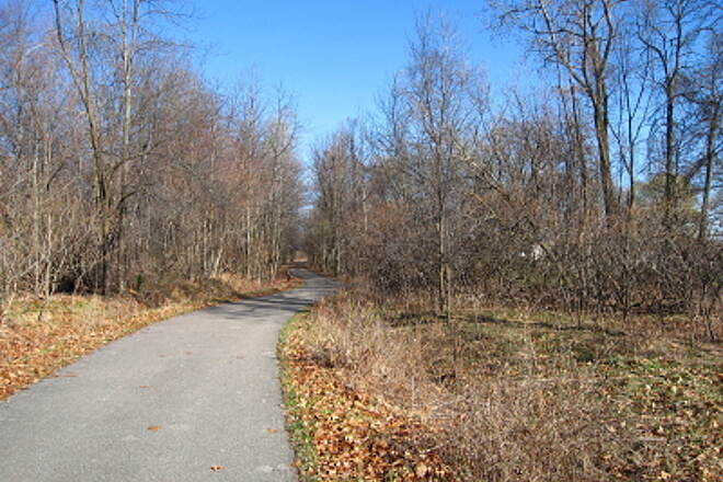 Bay County Riverwalk/Railtrail System Andersen Nature Trail Looking north from near the south end of the Andersen Trail