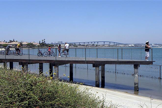 Bayshore Bikeway   Boat-shaped overlook south of Coronado