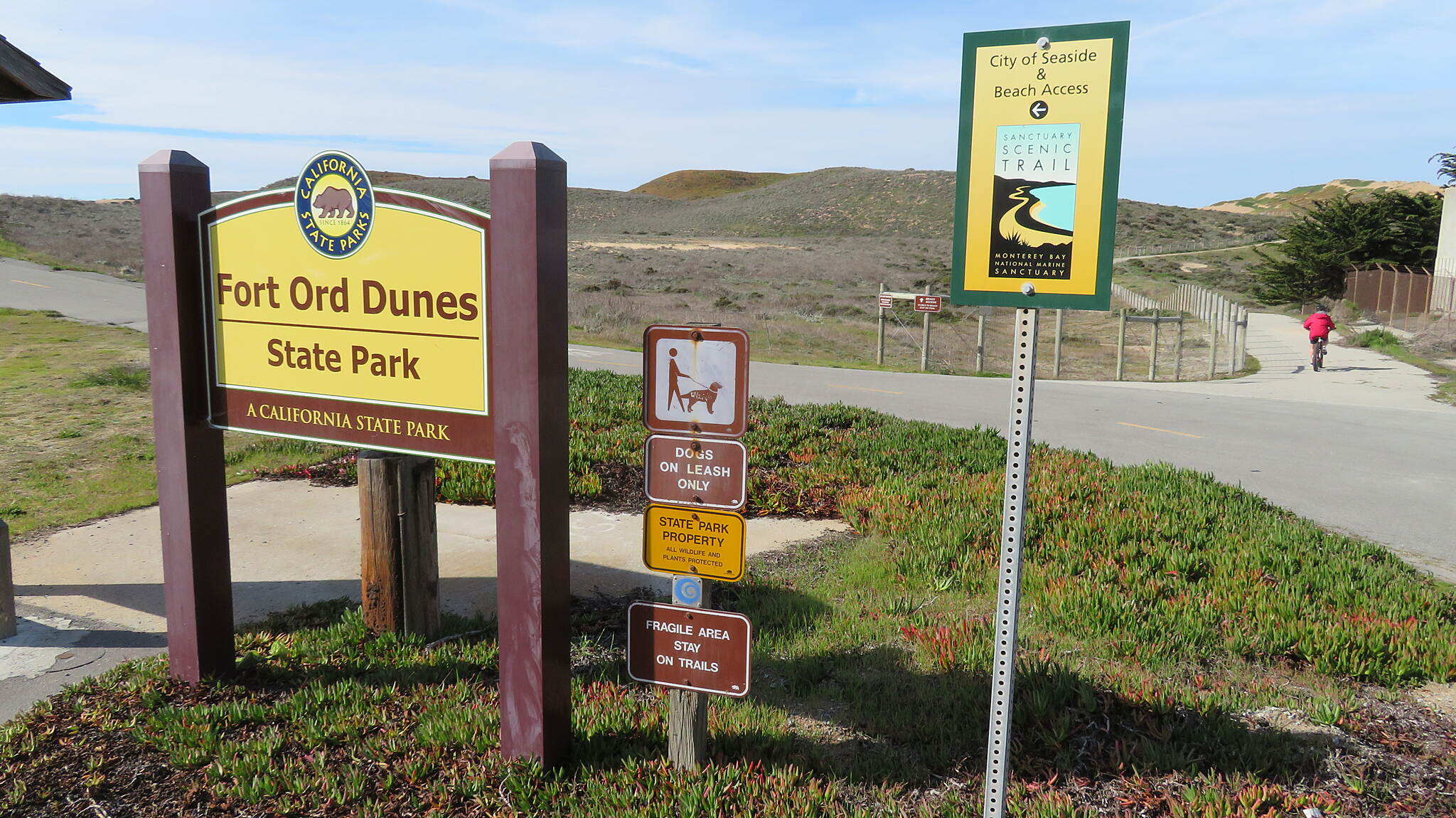 Beach Range Road Multi-Use Trail Fort Ord Dunes SP Sign Sign at North end.