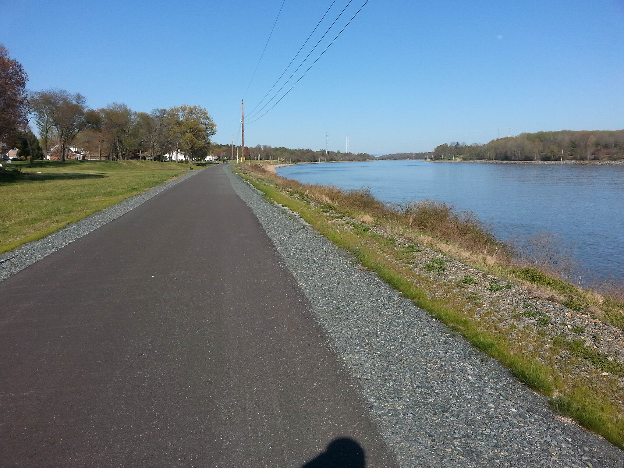 Ben Cardin C&D Canal Recreational Trail Heading toward Delaware The Ben Cardin trail becomes the Michael N. Castle Trail at the Delaware Border. When completed later in 2016 there will be a continuous trail from Chesapeake City, MD to the ferry landing at Delaware City, DE.