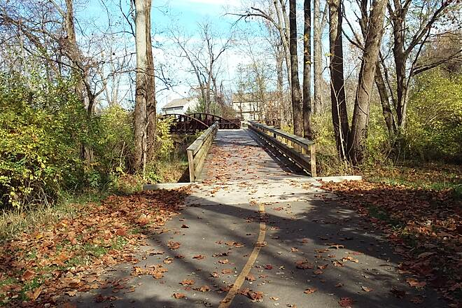 Blacklick Creek Greenway Trail Nov 2015 Northbound, bridge over Blacklick Creek