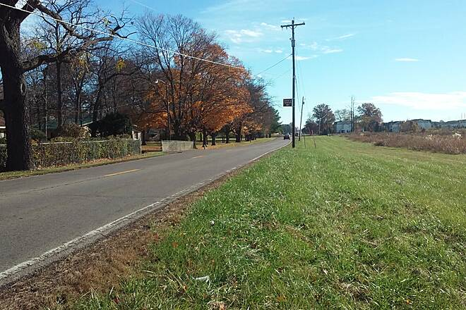Blacklick Creek Greenway Trail Nov 2015 Northbound, left into Turnberry Retreat parking lot from Refugee Rd