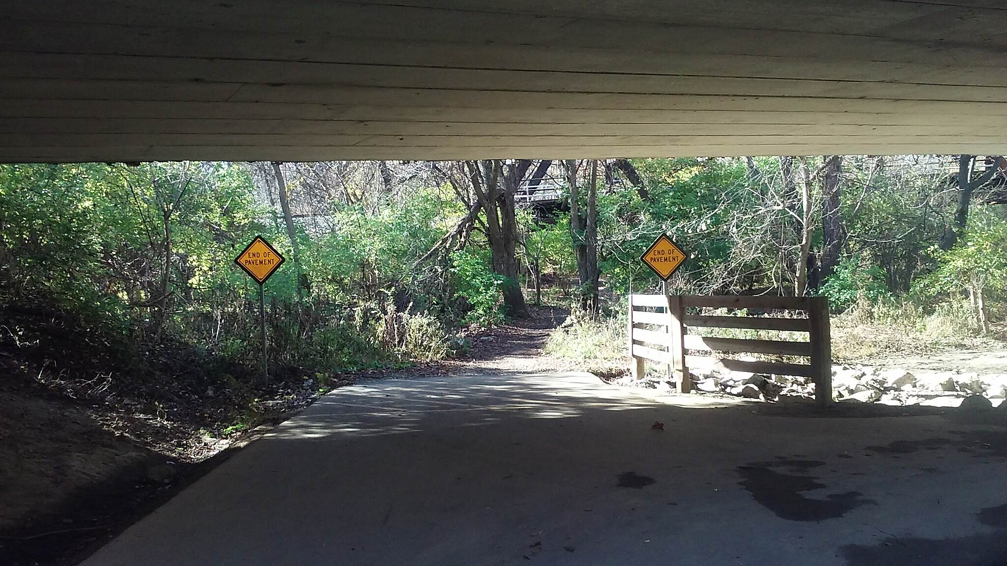 Blacklick Creek Greenway Trail Nov 2015 Northbound, under Refugee Rd, trail rejoins paved portion