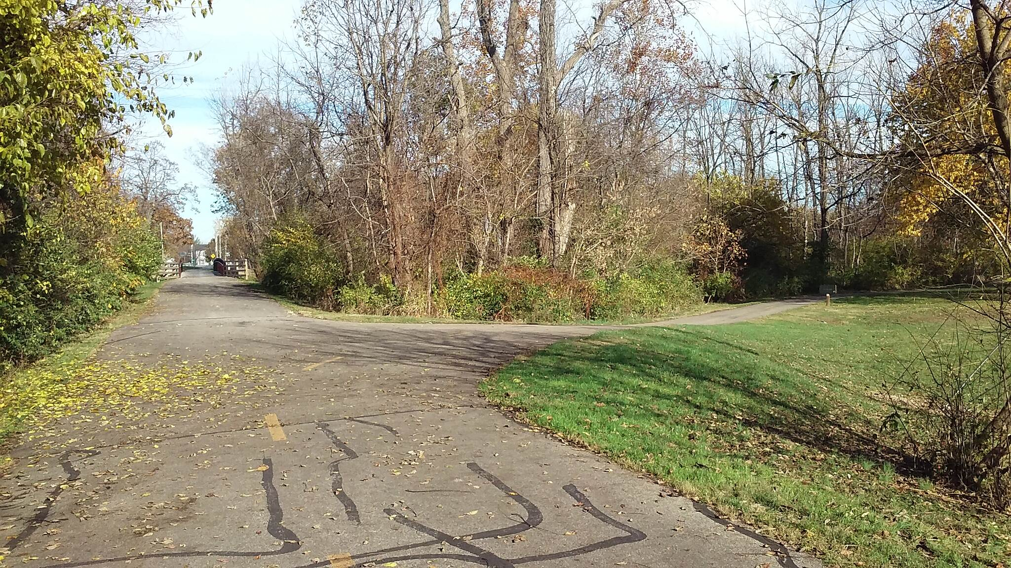 Blacklick Creek Greenway Trail Nov 2015 Northbound, right to unpaved section
