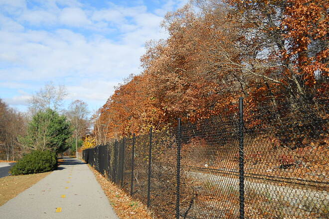 Blackstone River Greenway Rails and Trails Rails and trails can coexist.