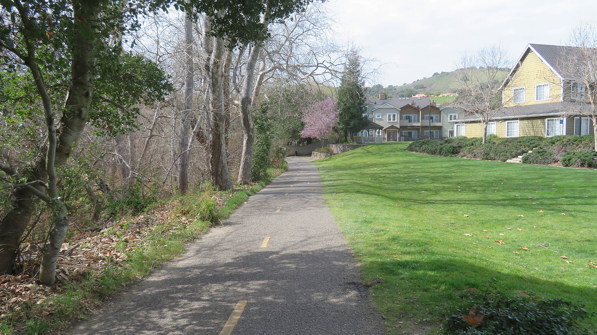 Bob Jones City to the Sea Trail Bob Jones City to the Sea Trail - Avila Beach Passing by residential area