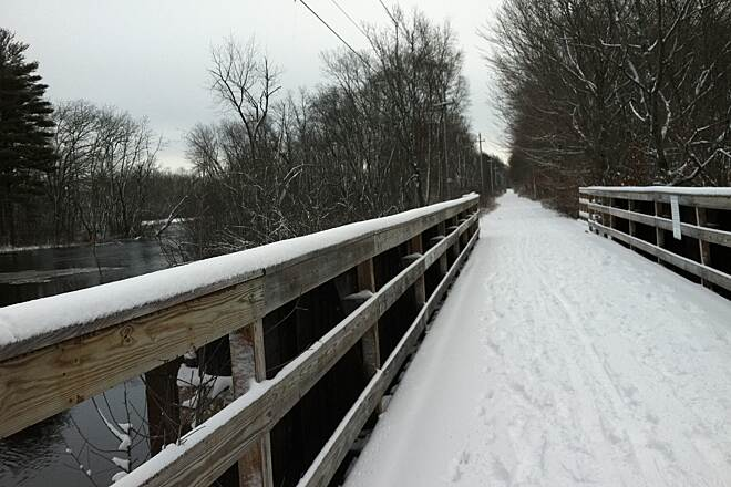 Border to Boston Trail Topsfield Linear Trail First snow 2013 -walking the trail from Rte 97 entrance
