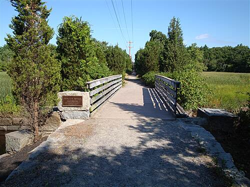 Bridle Trail  Francis Keville Footbridge The Francis Keville Footbridge was dedicated in April, 2001