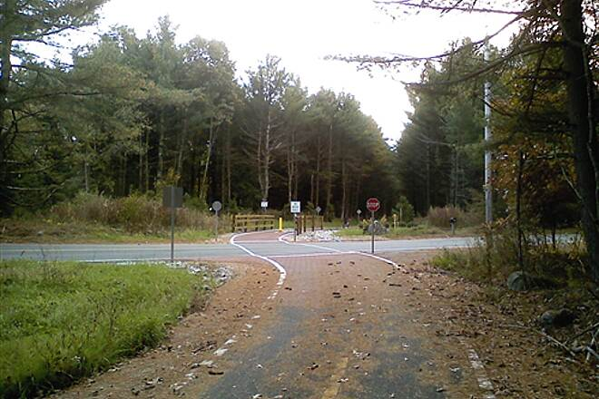 Bruce Freeman Rail Trail Approaching Rt 27 crossing in Westford