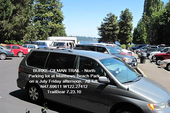 Burke-Gilman Trail BURKE-GILMAN TRAIL - North On a summer day, best come early to park here.