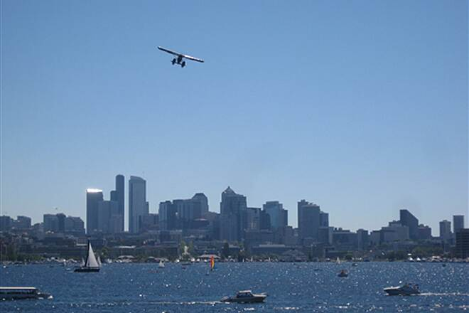 Burke-Gilman Trail   Float plane takes to the air on Lake Union
