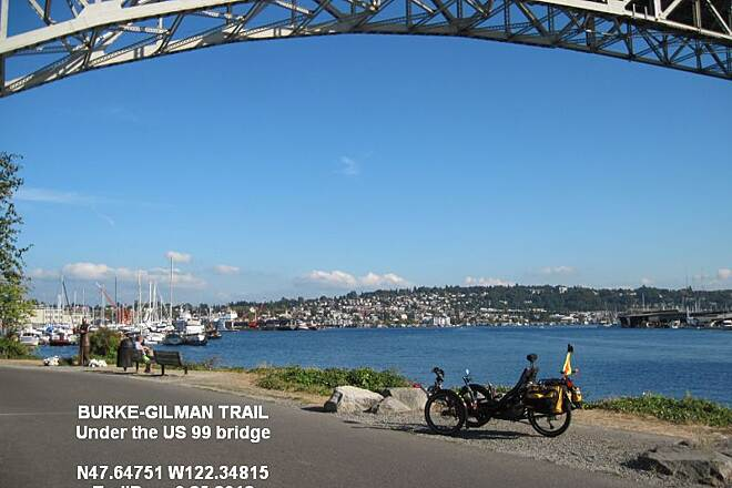 Burke-Gilman Trail BURKE GILMAN TRAIL - WATERFRONT A good view over Lake Union.