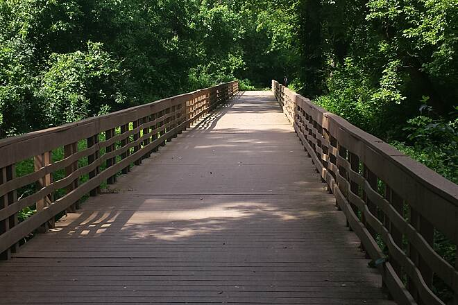 Busch Greenway Bridge on the way to Katy trail