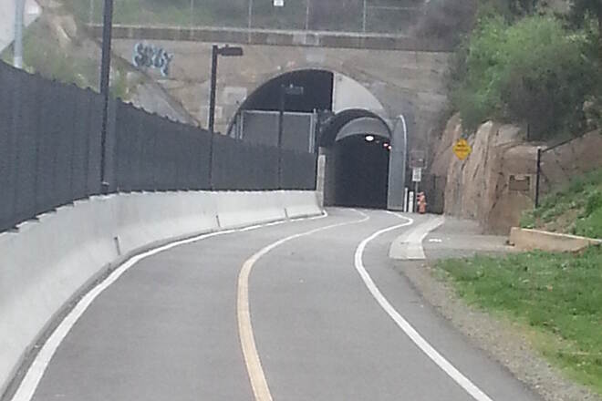 Cal Park Hill Tunnel Southern approach to tunnel