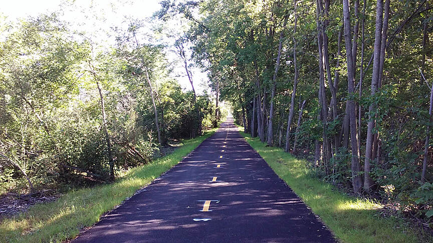Camp Chase Trail Sept 2015 Eastbound, straight section from Galloway Rd to Norton Rd
