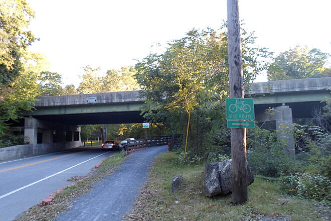 Capital Area Greenbelt Capital Area Greenbelt The trail crosses Spring Creek on a wooden bridge just south of Paxtang. It also passes under I-83 at this point.