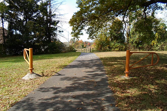 Capital Area Greenbelt Capital Area Greenbelt After skirting the southwest corner of the East Harrisburg Cemetery, the trail makes another sharp turn west toward the Penn DOT facility and Farm Show complex.