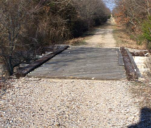Chaparral Rail Trail From Farmersville part 4 after 2.5 miles the trail is dirt and gravel
