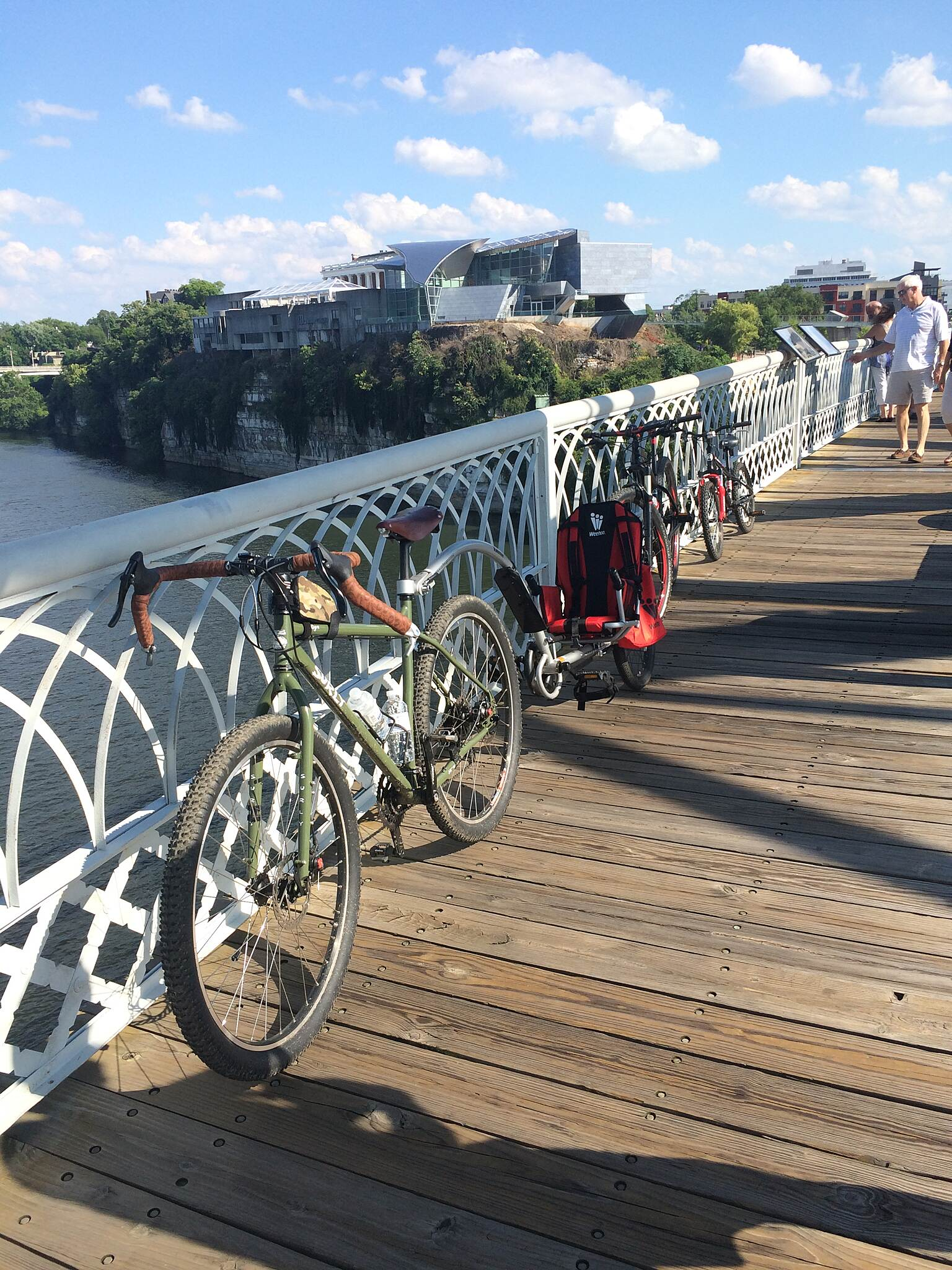 Chattanooga Riverwalk (Tennessee Riverpark) beautiful views