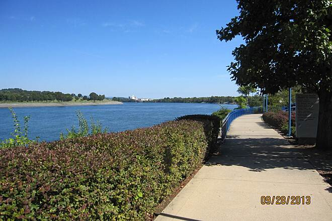 Chattanooga Riverwalk (Tennessee Riverpark) Riverwalk Trail
