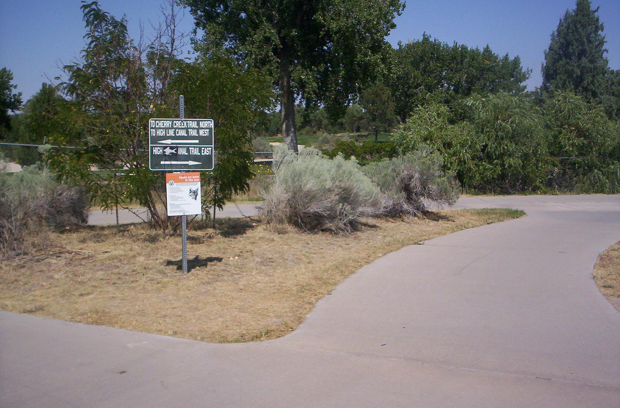 Cherry Creek Regional Trail Merge Intersection with High Line Canal trail East.