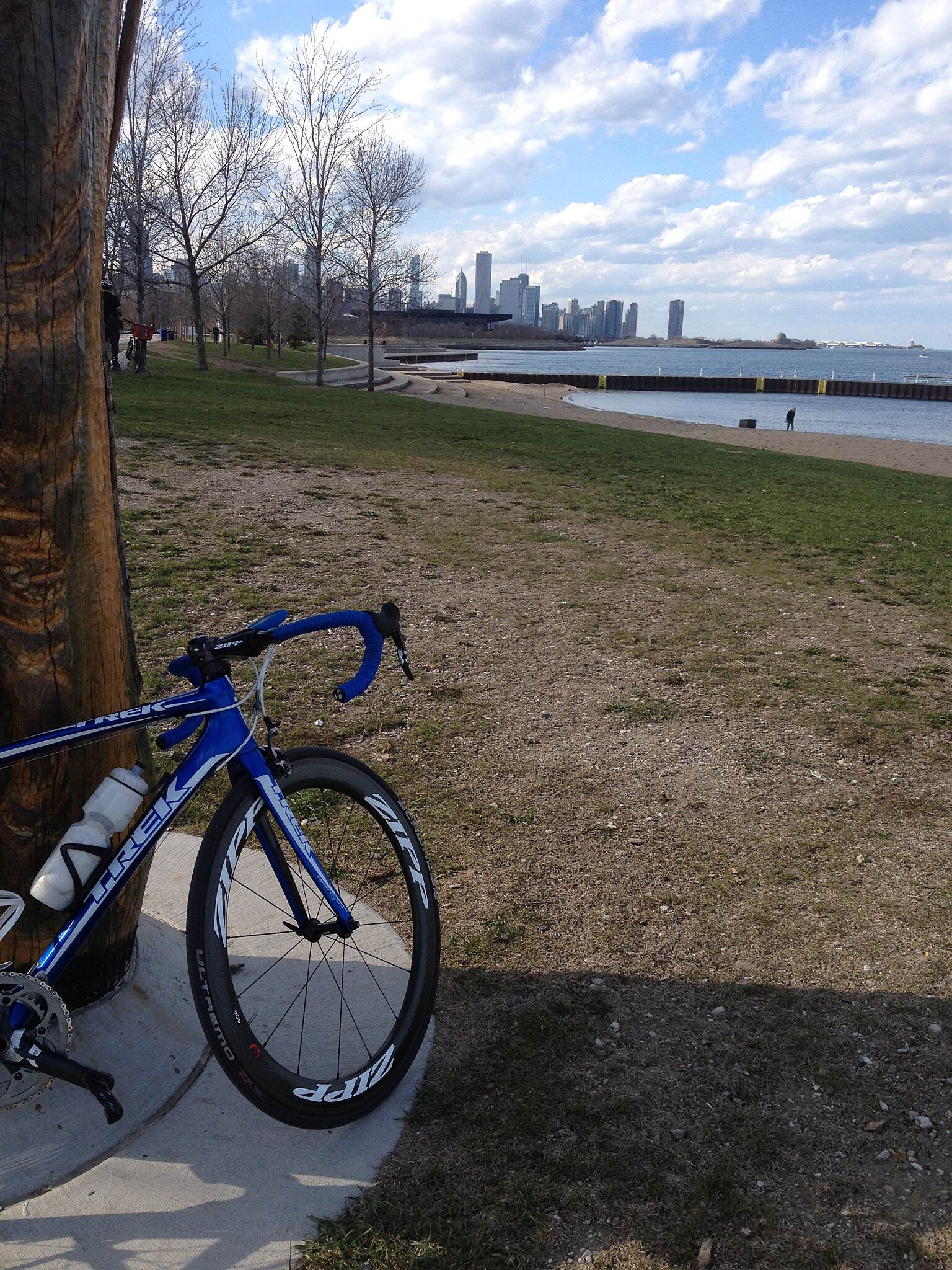 Chicago Lakefront Trail Gazing upon the Cityscape Taking a quick photo op before getting back on the bike to dance on the pedals.