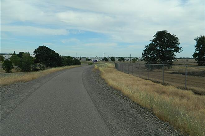 Chico Airport Bike Path Chico Airport Trail Its an easy grade to go up in one gear