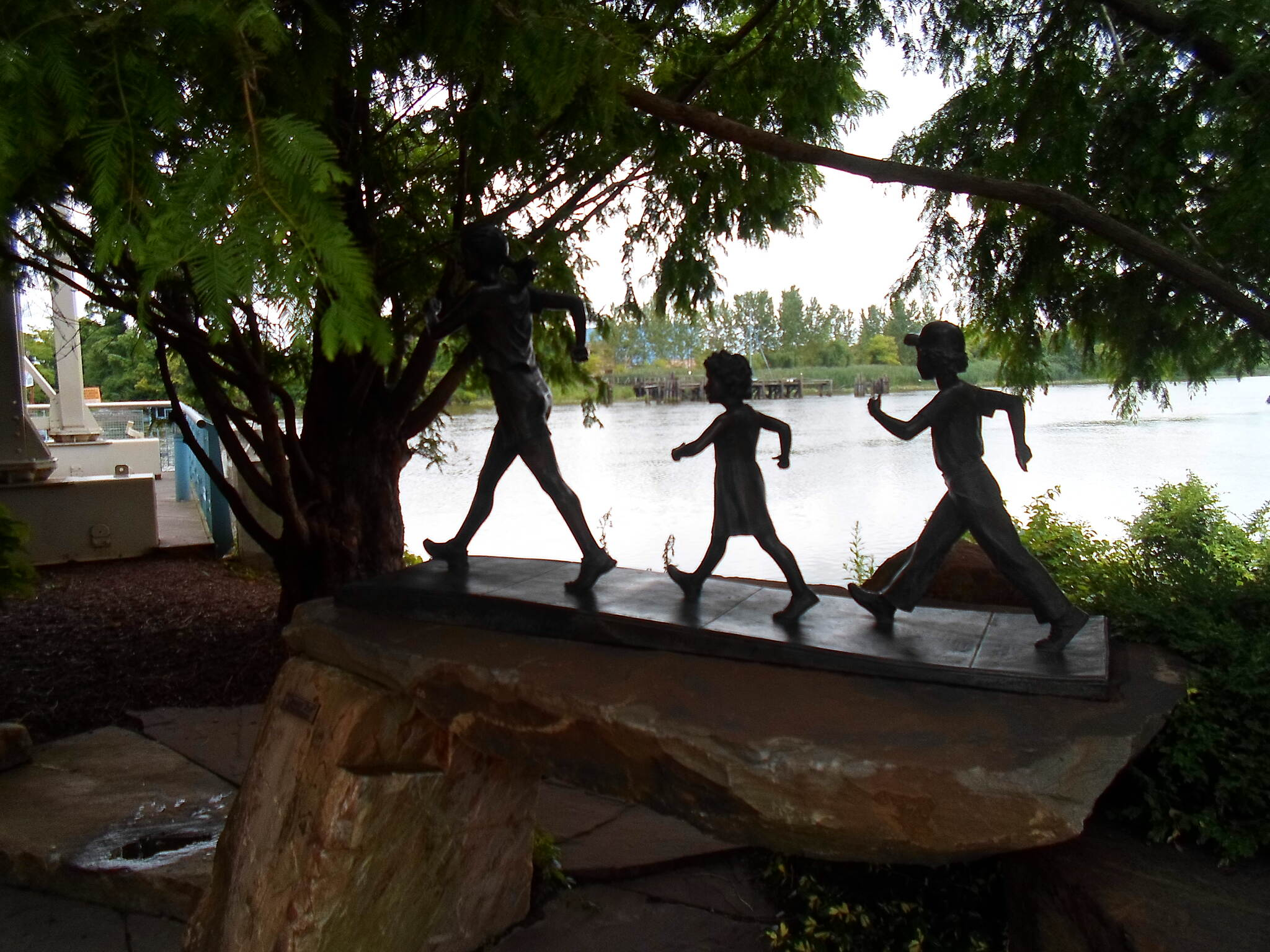 Christina Riverwalk Christina Riverwalk American Heart Association monument, encouraging exercise. Taken August 2014.