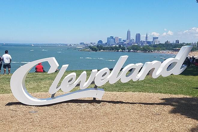 Cleveland Lakefront Bikeway July 4th, 2017 What a gorgeous place to spend the day.