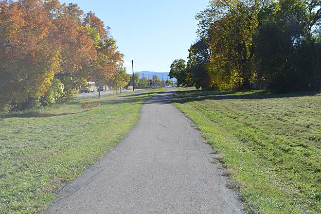 Columbine Trail Columbine Trail This is the kind of bike trail that makes a town bike friendly.