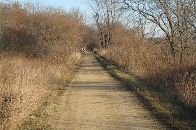 Comet Trail Comet 2 Comet Trail at Grundy/Tama County Line east of Wolf Creek Park