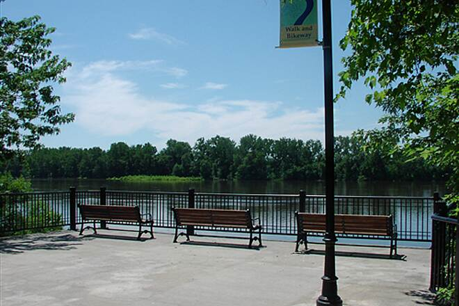 Connecticut Riverwalk and Bikeway Park Benches Sitting area with view of the Connecticut River, near the middle part of the Riverwalk